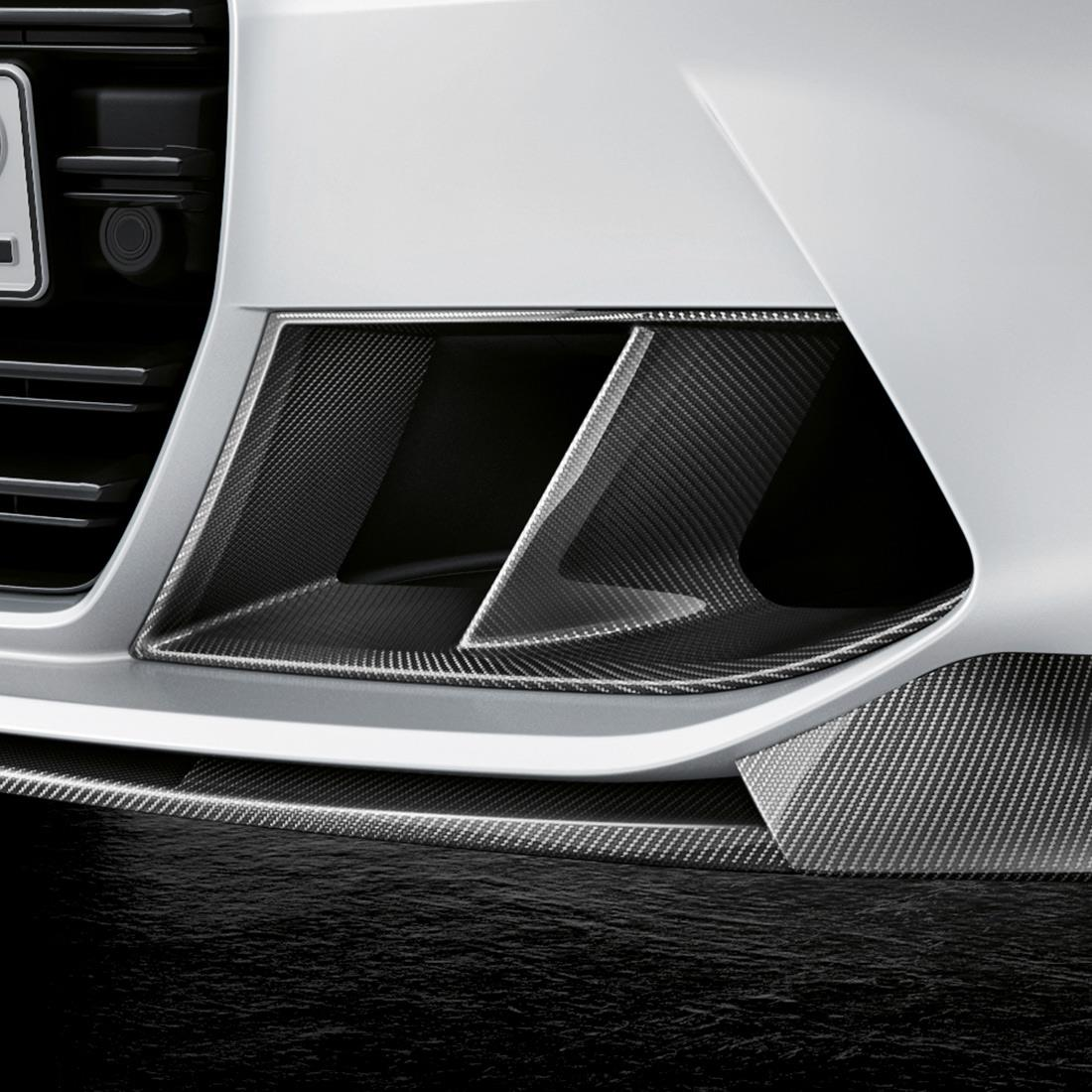 M Performance Air Breather in carbon fiber