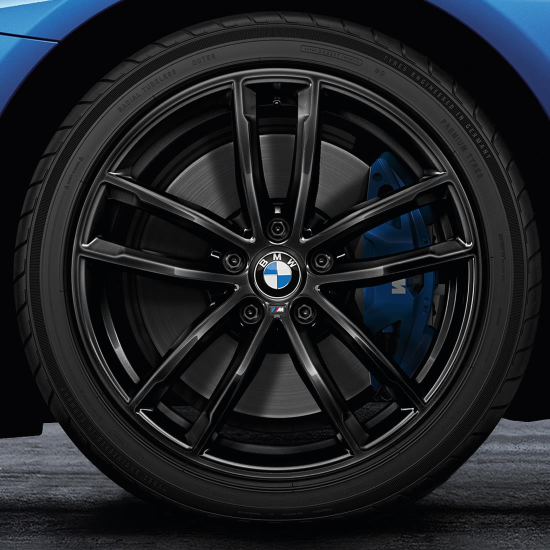 BMW 18-Inch M Performance Double-spoke 662M Complete Winter Wheel and Tire Set - Jet Black