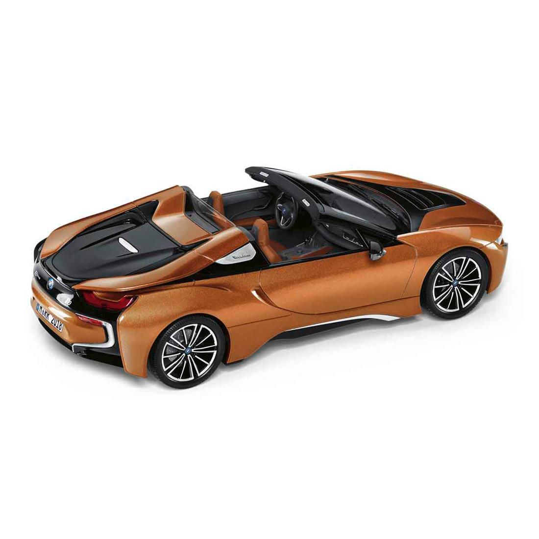 BMW i8 Roadster E Copper 1:18