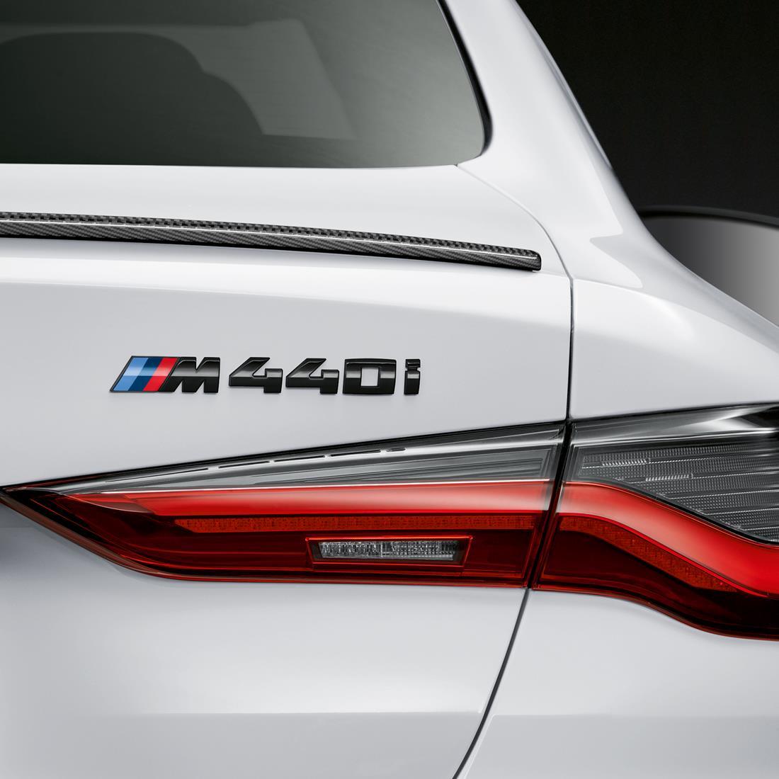 BMW M Model Badge M440i in Black High-Gloss