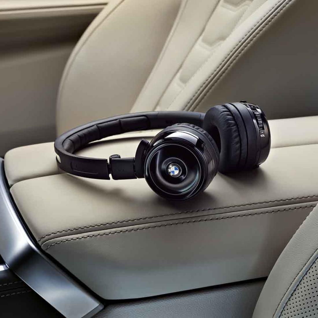 BMW Digital Wireless Headphones